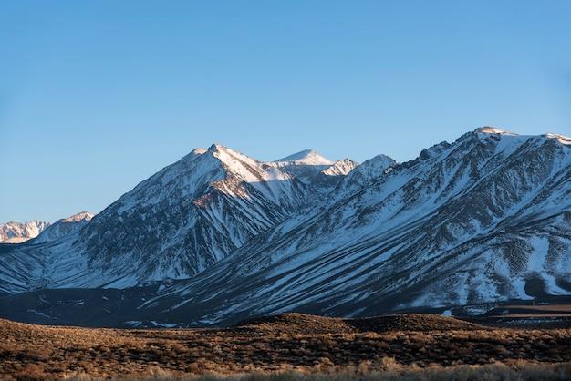 マンモスレイク山のパノラマ風景