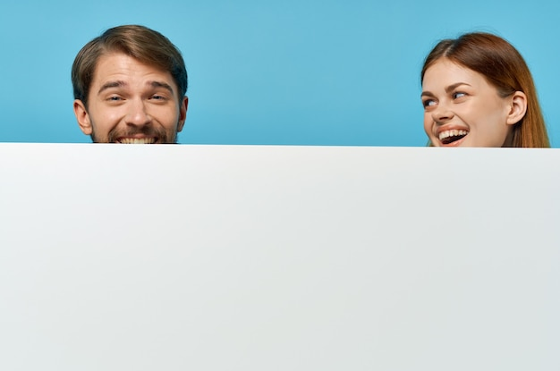 Мужчина и женщина рекламные презентации баннеров.