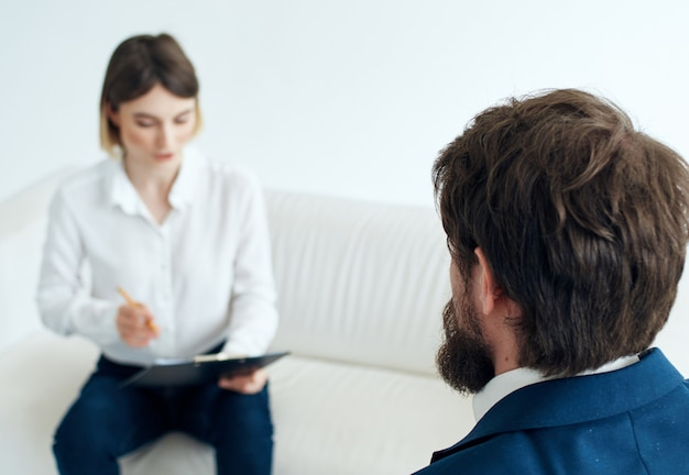 남자와 여자 인터뷰 직업 심리학