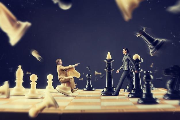 チェス盤の男と女