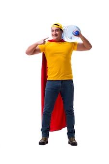 Человек, доставляющий бутылку воды изолированы