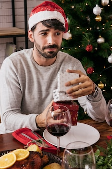 Man disappointed with present
