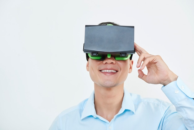 Man enjoying vr glasses