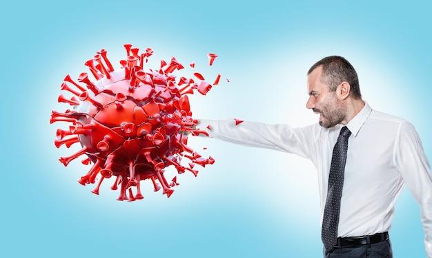 Человек ударил вирус covid-19 и уничтожил его