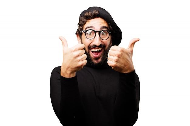 男は、最大2つの親指で笑顔