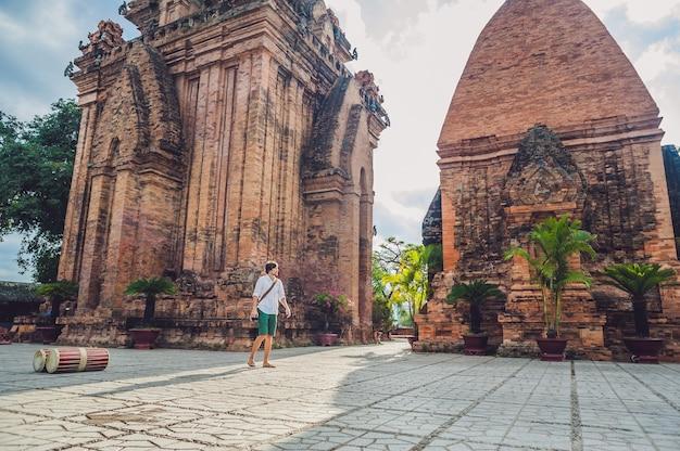 Человек турист во вьетнаме