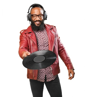 ビニールディスクを持つ男