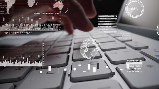 Человек, работающий на клавиатуре портативного компьютера с графической голограммой графического интерфейса пользователя