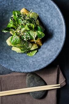 Mango salad, avocado, lettuce