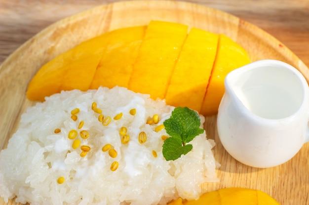 Mango with sticky rice. favorite thai dessert in summer season. sweet and freshness tast.