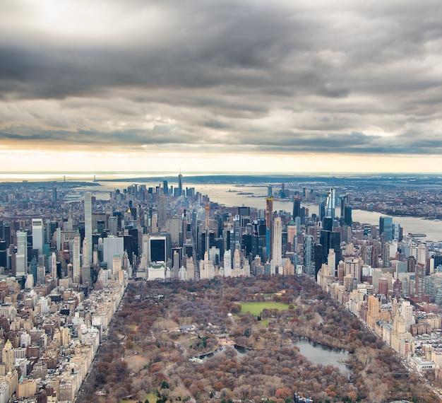 헬리콥터에서 맨해튼과 센트럴 파크 조감도