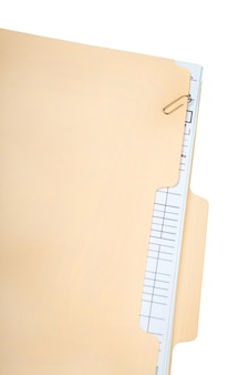 Папка в маниле с какими-то документами. на белом фоне