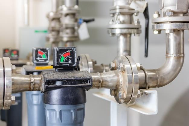 工場の空気ポンプ用コンプレッサ圧力計のマノメータ