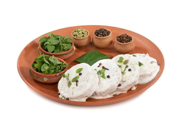 Производство аюрведического мороженого в индии впервые