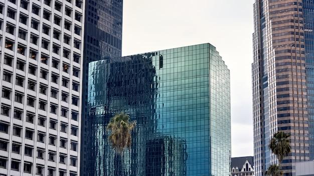 Здание банка производителей в лос-анджелесе, сша