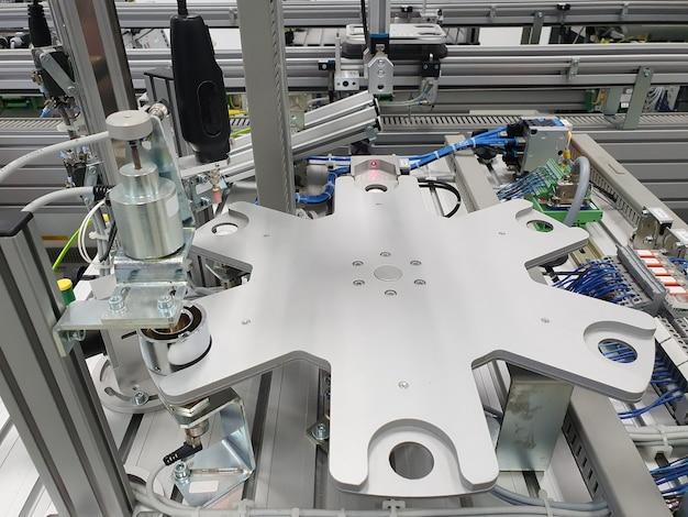 製造業工場生産ベルト自動化