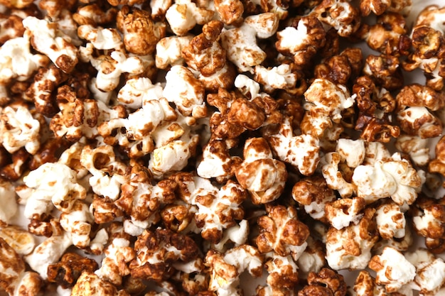 Many chocolate popcorn