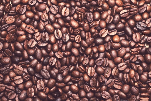 Many coffee beans on the table