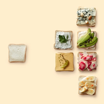 Множество разных бутербродов с разными полезными ингредиентами