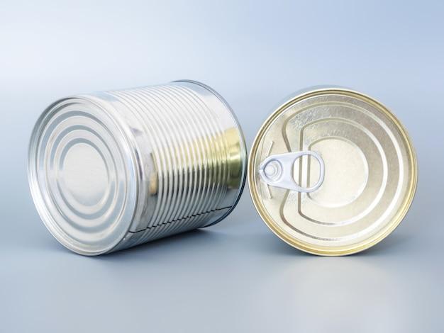 Многие жестяные банки золотого и серебряного цвета, изолированные на сером фоне, вид сверху, копия пространства.