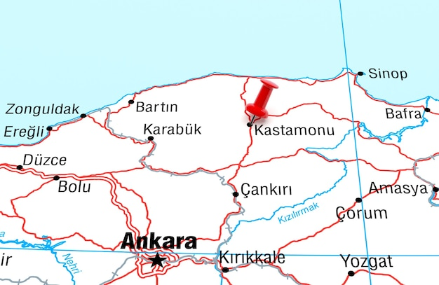 Red pin 3d 렌더링이 있는 kastamonu turkey를 보여주는 지도