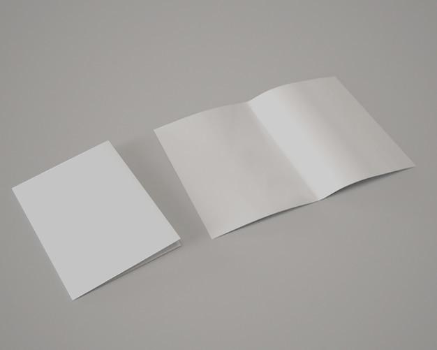 Maquette de brochure  deux volets