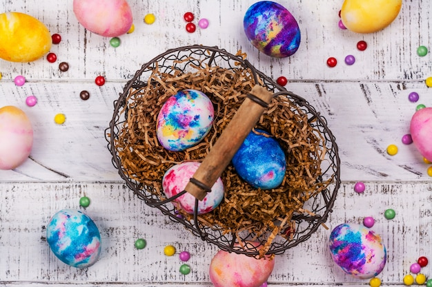 Marble dye easter eggs