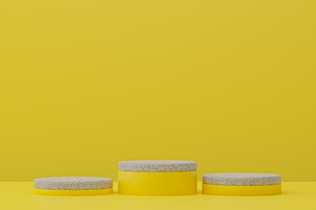 Мраморная полка подиума или пустая подставка для продукта в минималистском стиле на желтом фоне для презентации косметической продукции.