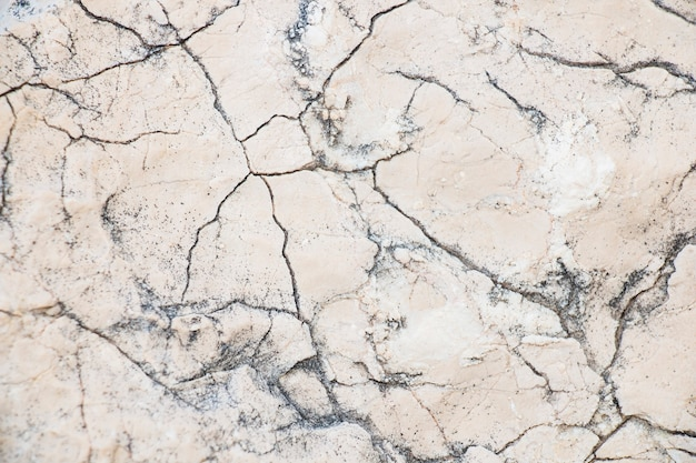 균열에 대리석 돌