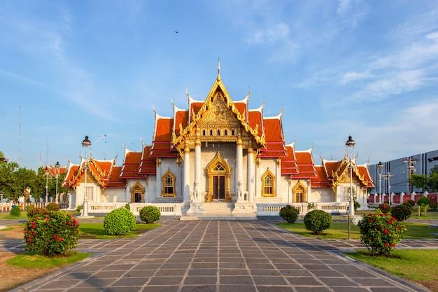 The marble temple, wat benchamabopitr dusitvanaram, bangkok, thailand