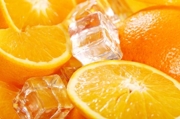 新鮮なオレンジのマルコ