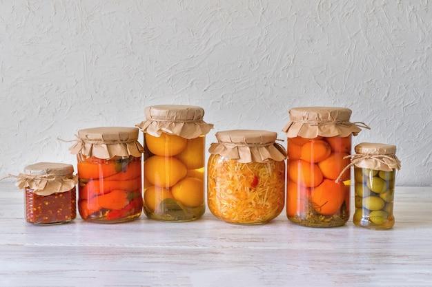 漬物漬けの品種保存瓶。発酵自家製食品