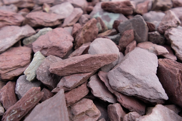 Maroon and beige marble chips texture details