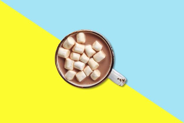 Сладкое болото над шоколадным молоком, концепция плоской планировки изолирована.