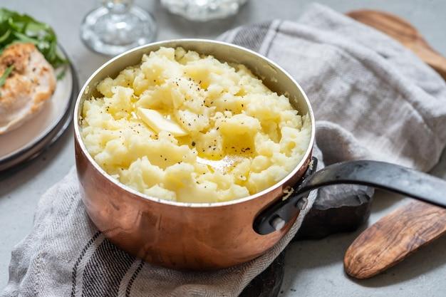 Картофельное пюре с маслом