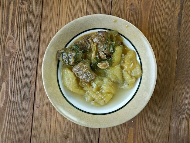 Matoke-바나나 또는 질경이 요리. 케냐 요리법.