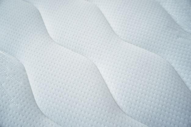 매트리스 표면 대각선