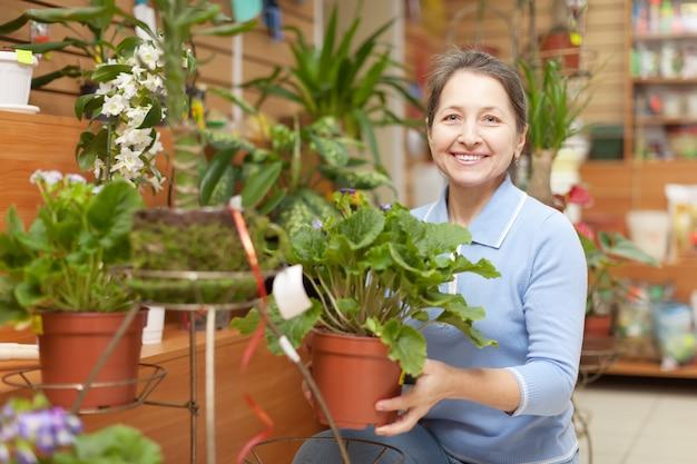 Mature woman chooses primrose