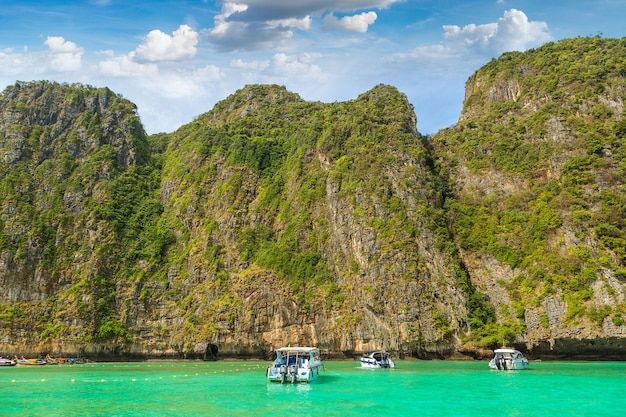 Залив майя на острове ко пхи пхи лех таиланд