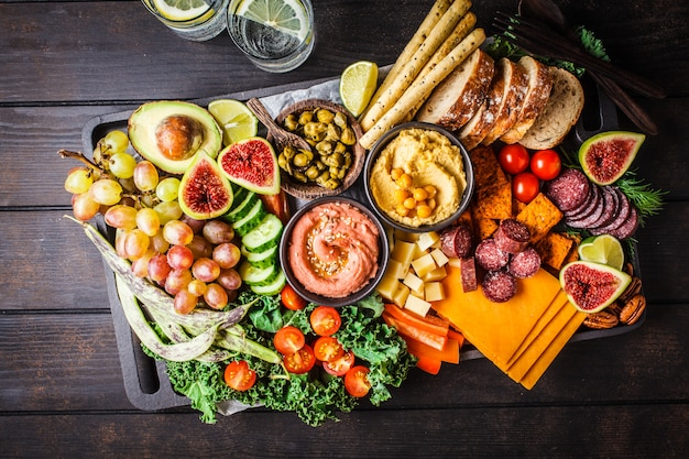 Meat and cheese appetizer platter.