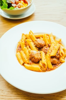 Meatball pasta with sauce