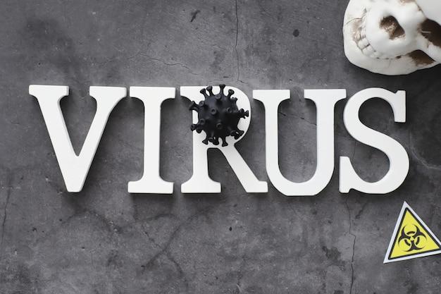 의료 배경입니다. 레터링 바이러스. 코로나바이러스 나무 글자. 세계에서 가장 치명적인 전염병 바이러스의 배경. 바이러스 백신.