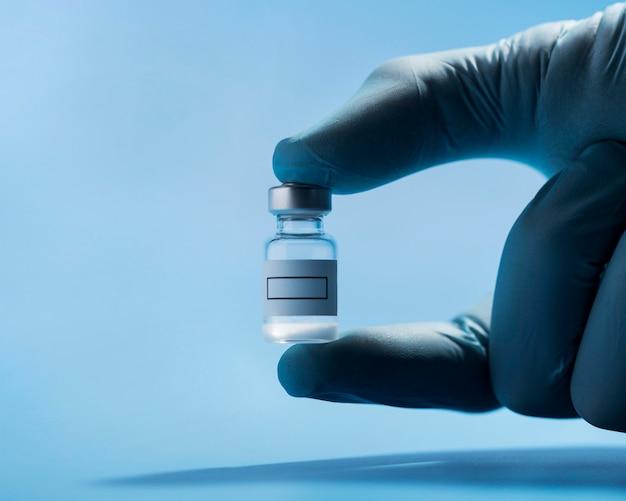 Медицинский элемент для вакцинации крупным планом