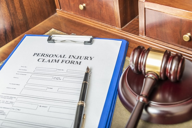 Medical malpractice claim form for lawyers. calculation of compensation
