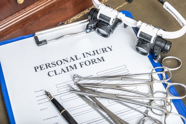 Medical malpractice claim form for lawyers. calculation of compensation.
