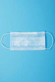Медицинская маска. одноразовые маски для лица от вирусов. свободное место.