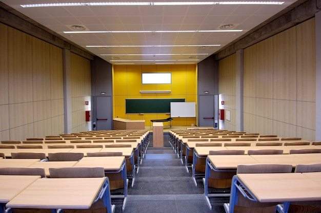 Medical school class or pending physiotherapy, and empty, with wooden tables