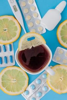 약물, 알약, 온도계, 감기, 독감, 열 치료를위한 전통 의학