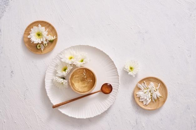 Medicinal aloevera over white background