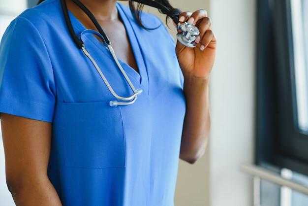 Доктор медицины заделывают. здравоохранение и медицинская концепция.